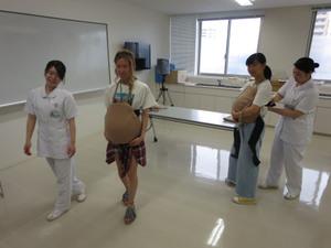 妊婦体験画像
